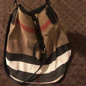 Burberry Canvas Ashby Hobo bag Medium